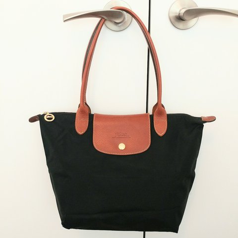 f3e77a3cc07e Longchamp Le Pliage tote bag  size small with long handles