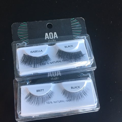 800fe7b03a8 2 pairs of eyelashes from aka studio on shop miss a Britt - Depop