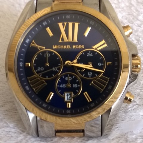 d41ae42cd8f7 Micheal Kors watch -Model MK5976 1 year old