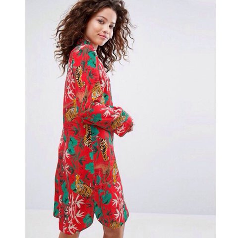 b384ce1d1c17 @lyns23. 2 years ago. Salford, United Kingdom. H! By Henry Holland Red  Tiger Print Button Down Dress. Size 8.