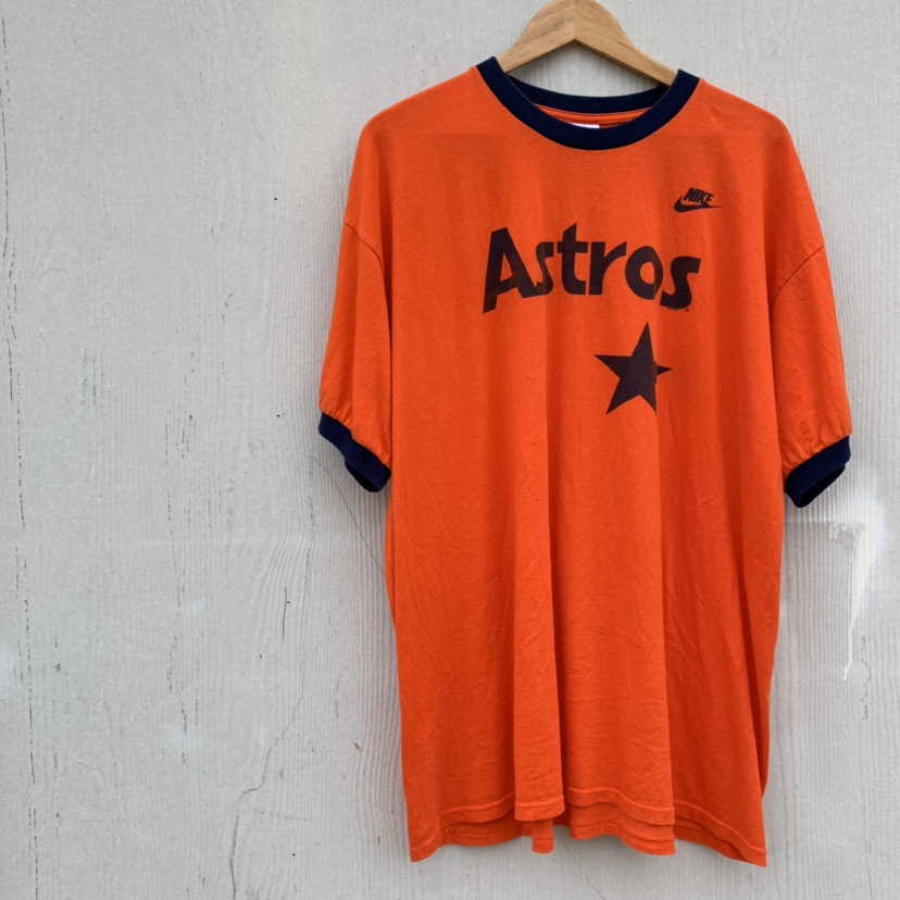 separation shoes 81875 d1606 Vintage Houston Astros Nike t shirt Orange color... - Depop