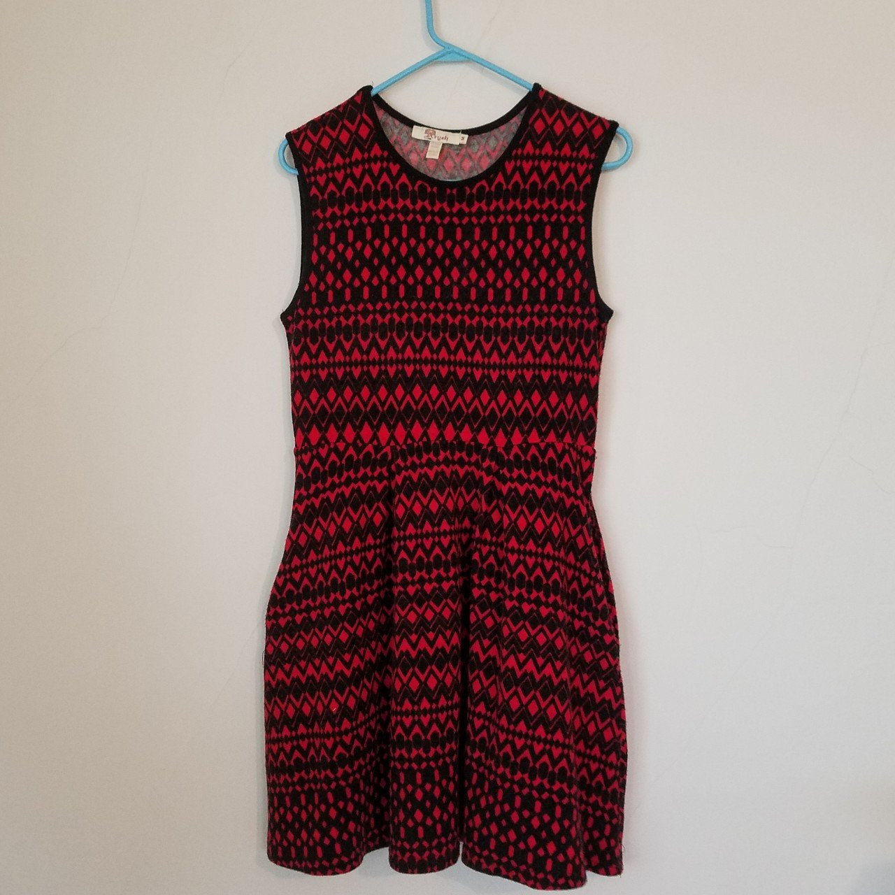 69cbcb1b8716d Aryeh Anthropologie Print Dress. Knee length Fit & Flare Red - Depop