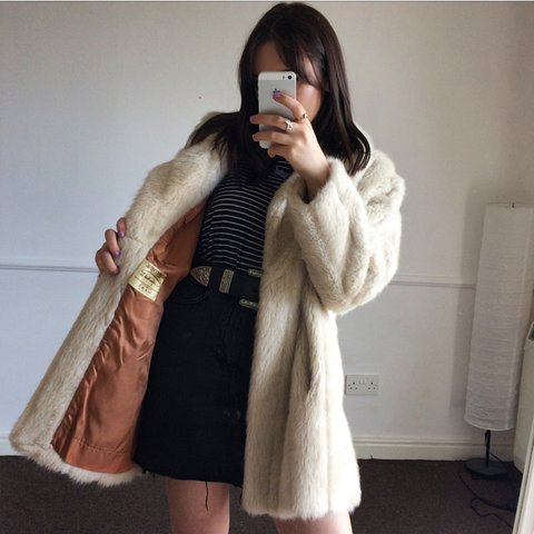4a1c29a7934c0 Truely beautiful vintage faux fur coat in an off white   in - Depop