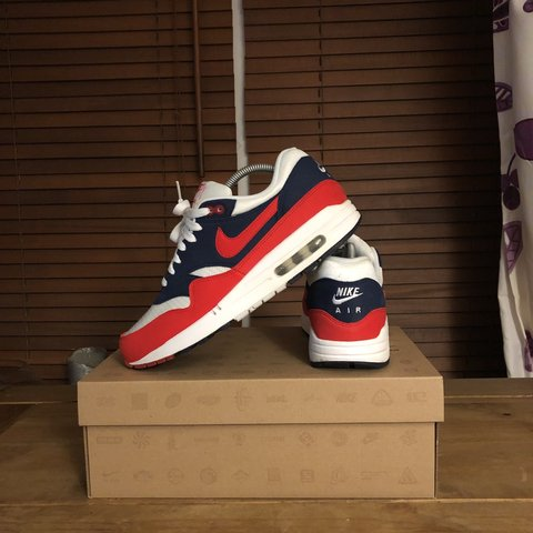 timeless design bb392 1ae55  draper110. 10 months ago. Liverpool, United Kingdom. Nike airmax 1  Midnight Navy Action Red ...