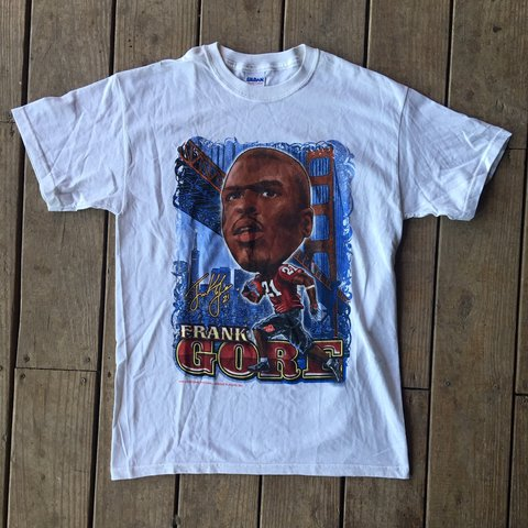 bb2b5dc8 Awesome Frank Gore 2010 NFL PLAYERS t-shirt. Has the old on - Depop