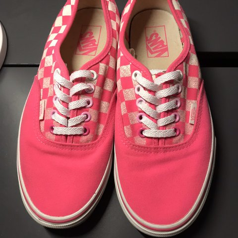 807200071fd8da Hot pink Checkered two tone VANS In great condition