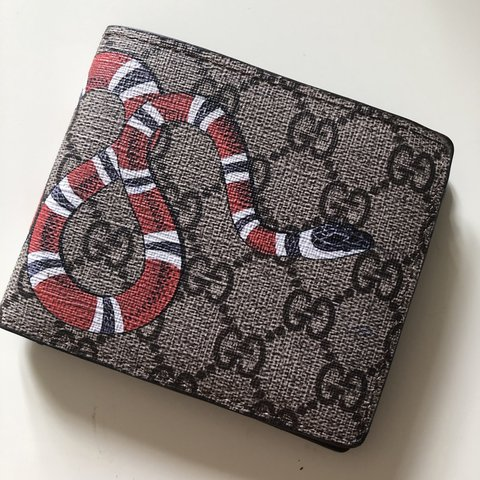 b1a58c9648e5c7 @madbackwards. last month. Melbourne, Australia. FAKE GUCCI WALLET SNAKE  PRINT BRAND NEW NEVER USED