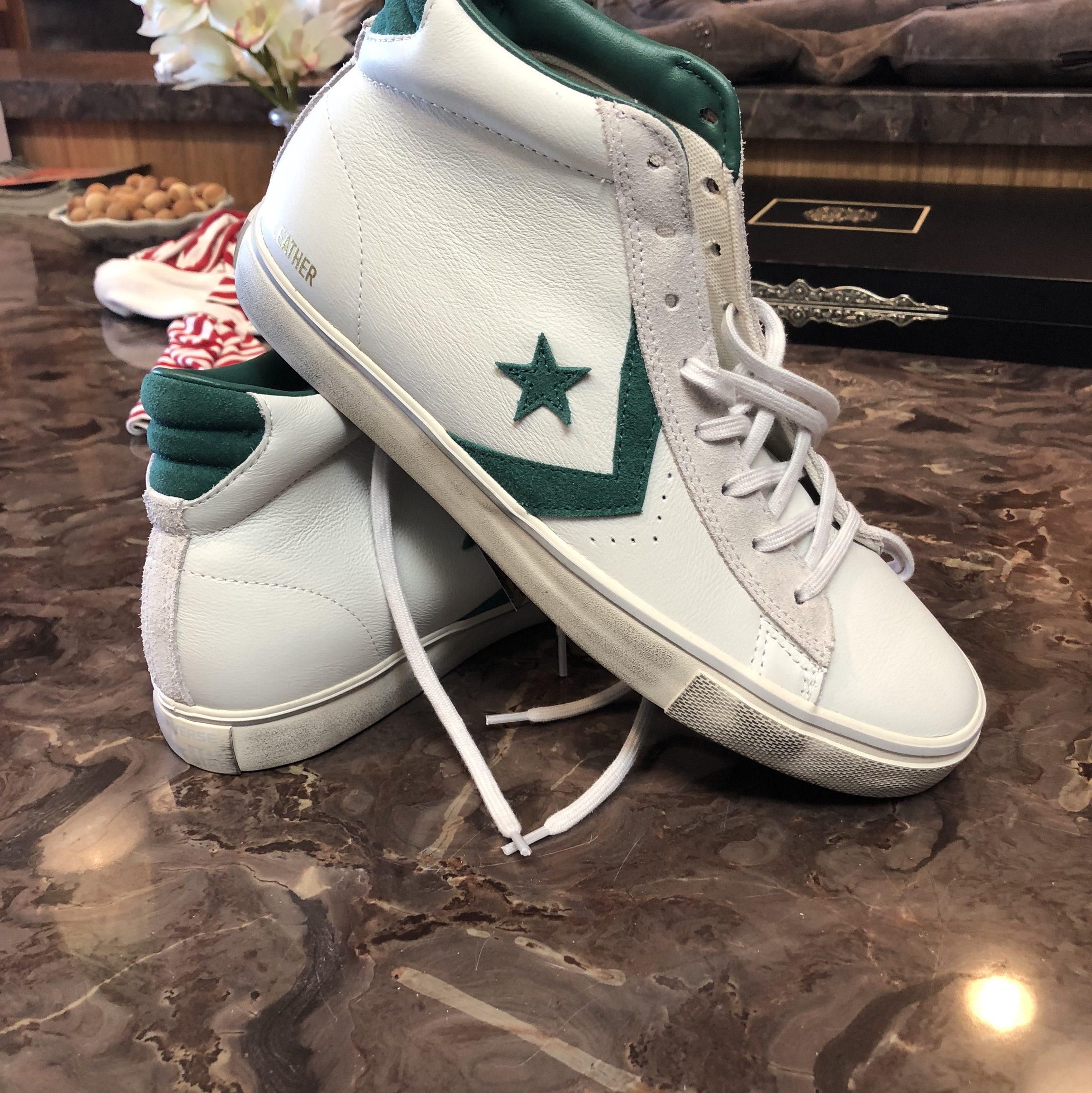 converse leather vulc mid