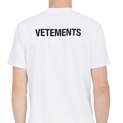 e36ccc04 @andreas_renier. 7 months ago. Schoten, België. Vetements STAFF TEE white. Perfect  condition