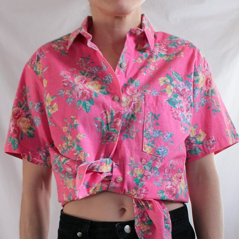 619c260cbe2 Vintage 80's Jaclyn Smith Hawaiian shirt. Pink with multi- - Depop