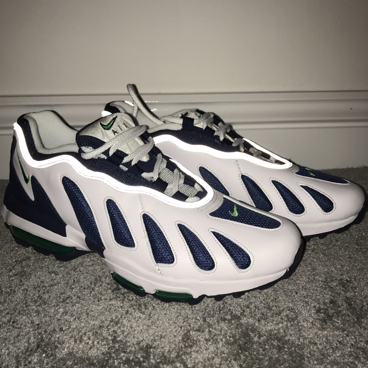 bonito Nike Air Max 96 XX UK7 US8 Brand new without box gran