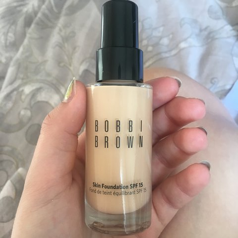 Bobbi Brown Skin Foundation Spf 15 In The Shade Warm Sand Depop