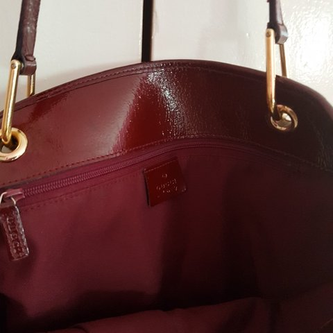 06a0ad4b069bb3 @beauty14rem. 11 months ago. Derby, Derby, United Kingdom. Gucci tote bag. Vintage  100% leather handle. Pretty & very ...