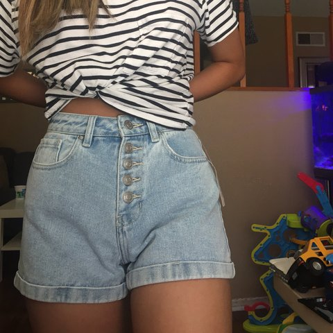 bd3550a778 @sawhc. 10 months ago. West Covina, United States. PACSUN DENIM HIGH  WAISTED MOM SHORTS BRAND NEW WITH TAGS ...