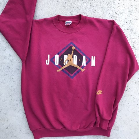 a883963fcd9 @coldagua. 5 months ago. Bakersfield, United States. Vintage 80s Nike Air  Jordan Sweater ...