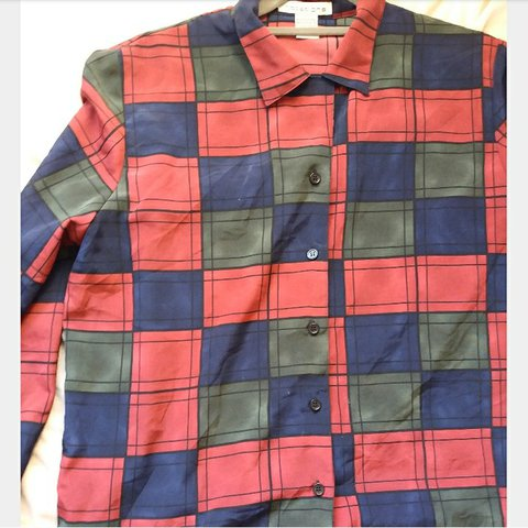af2a1e8075 Vintage 80s style women s long sleeve check silk shirt