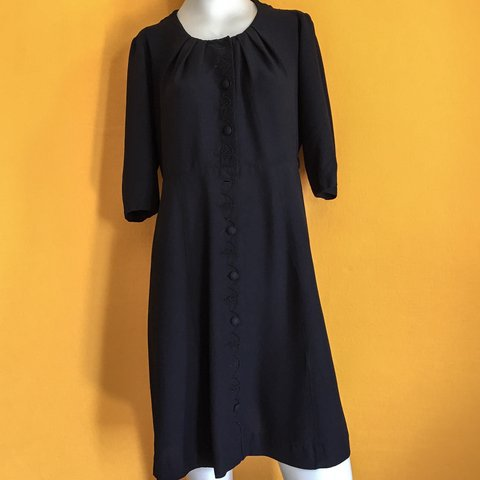 9998c119e77 Late 40s early 50 s button down dress by Caldwell casuals in - Depop