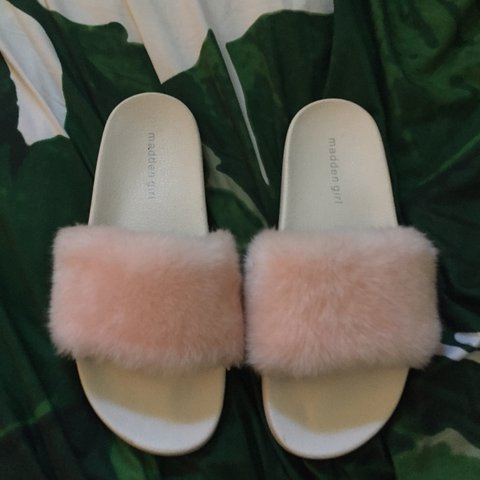 e0b0e5c53b5f 🌸🎀Super cute ass fuzzy pastel slides.🎀🌸 Color   Brand   - Depop