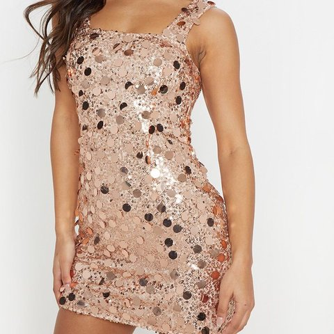 9a8a1179be81 @chels2106. 12 days ago. Nottingham, United Kingdom. Pretty Little Thing  rose gold sequin bodycon dress.