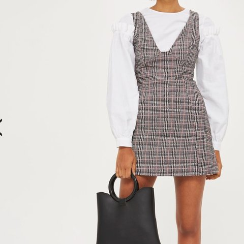 9d5c19e0 Checked A-Line Pinafore Dress from Topshop. Size 6. Price to - Depop