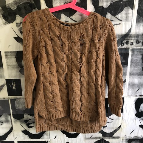 05492ec5e9bc7e @howudoing. 10 months ago. Los Angeles, United States. H&M Brown Chunky  Knit Sweater