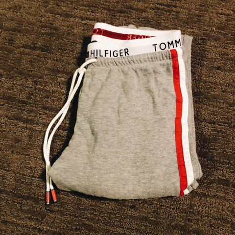 e0f80278 @annadalton. 20 days ago. Orem, United States. tommy hilfiger joggers! size  xs but can fit a small! brands ...