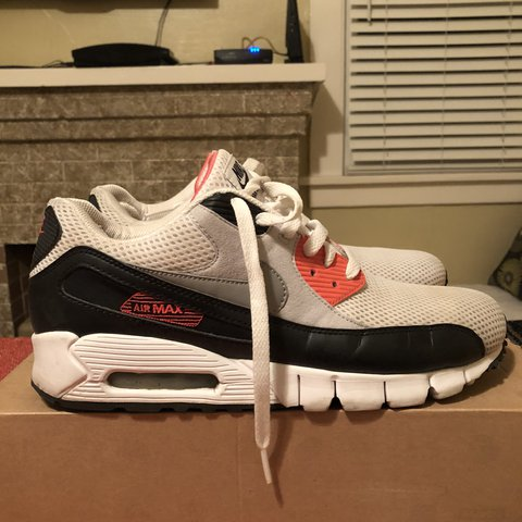 51abc1e72c5 Air Max 90 Current Infrared size 10 in great condition. I - Depop