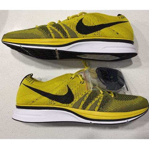 37a49ef55b50 Nike Flyknit Trainer Bright Citron Black Yellow White Size - Depop