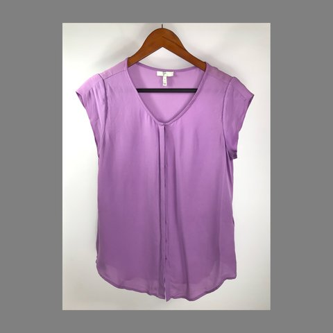 6333c9b26 @trendydendy. 7 months ago. Atlanta, United States. Joie small purple  button down blouse