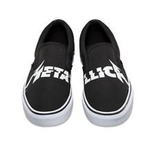 1dfcb7a330 Metallica Vans LIMITED edition Last of the size. Didn t fit - Depop