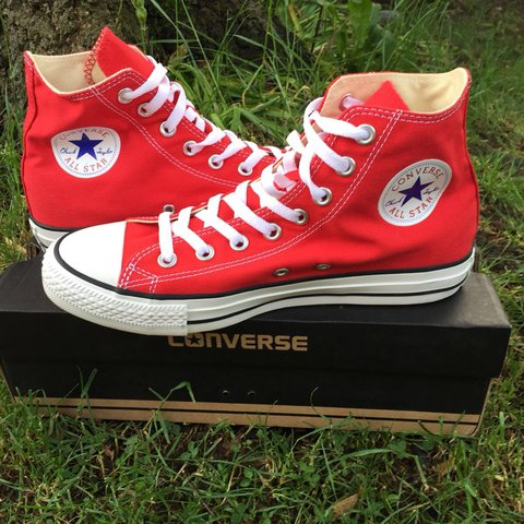 288a1d2c0d7305 Brand new Red converse trainers high tops Chuck Taylor box - Depop