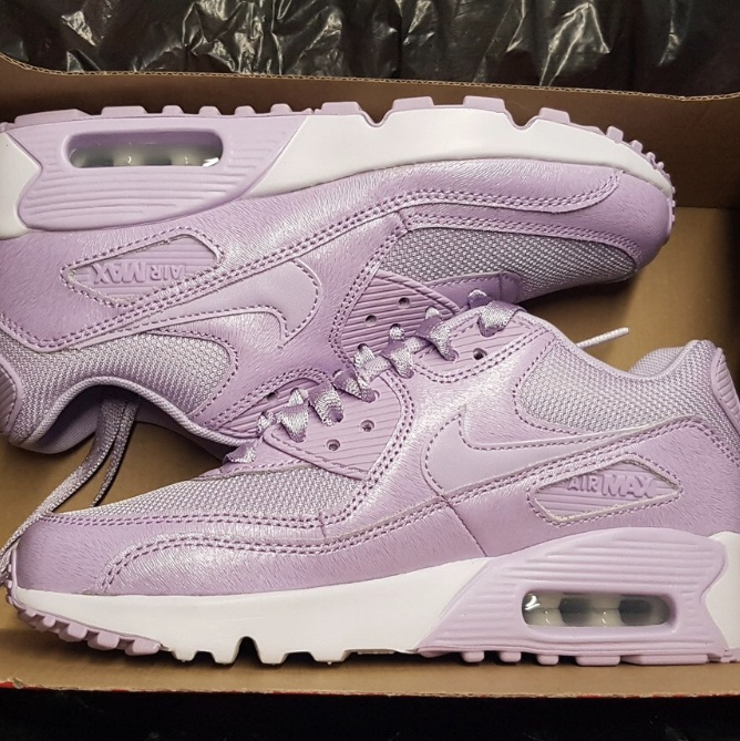 Brand new air max 90 Se mesh trainers