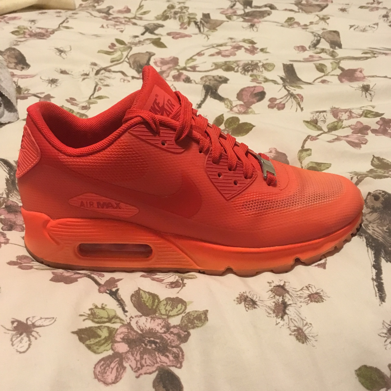 Nike Air Max 90 Milano Size 4 Worn once and in Depop