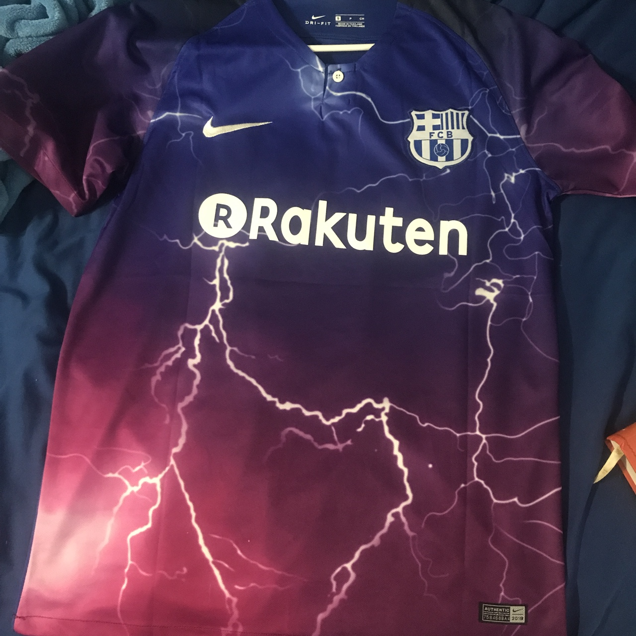 new arrivals 85ce2 c4ed5 Sexy cleanest Barcelona Nike messi jersey retail... - Depop