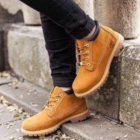 28b6ac96a1be ✨ Womens Timberland Nellie Waterproof Chukka Boot ✨ Worn in - Depop