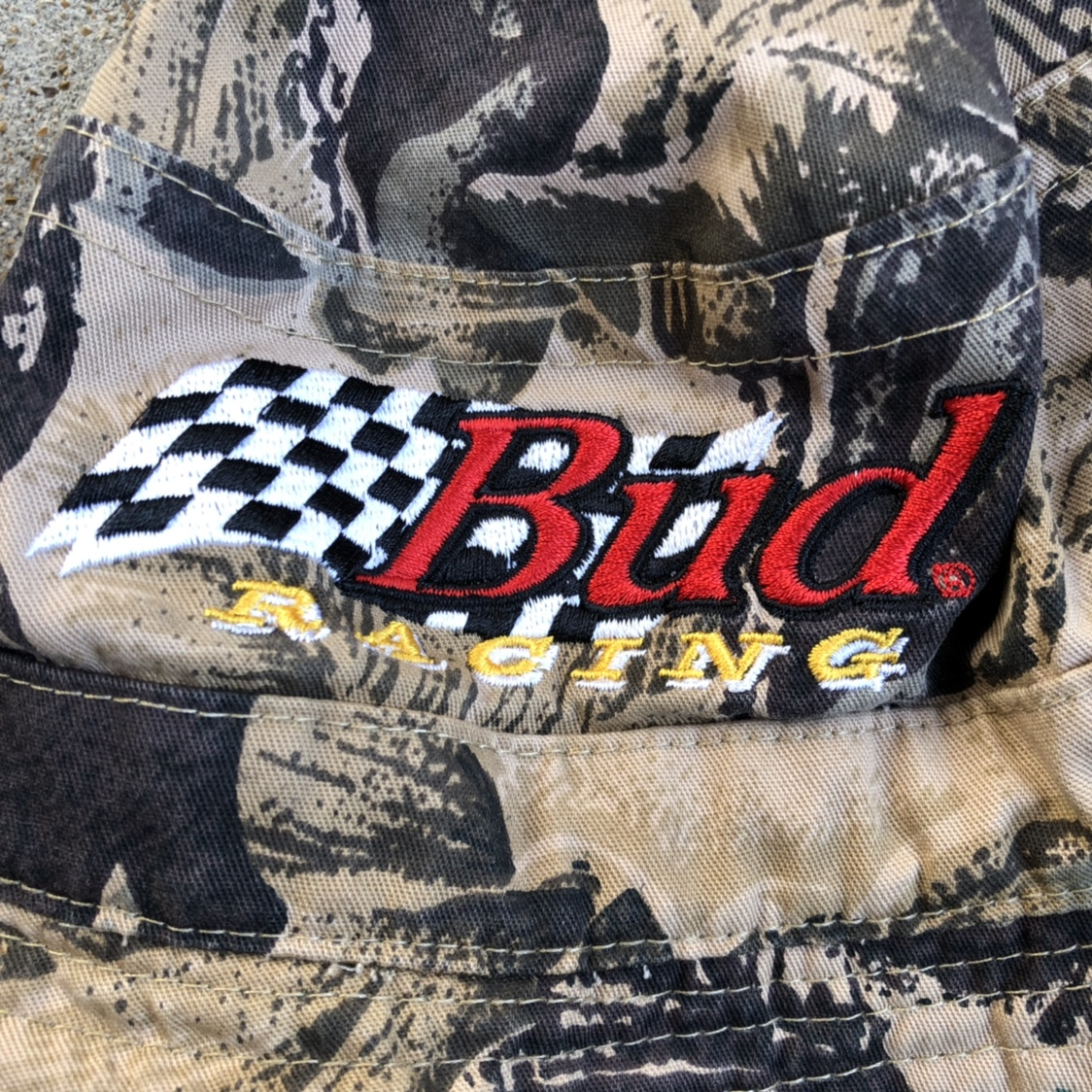 Vtg Bud Racing bucket hat No size/one size  Great    - Depop