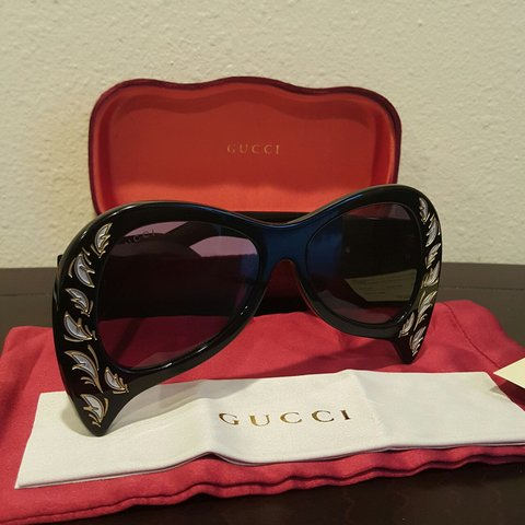 4dc8cfdf7ed Black acetate inverted cat eyes sunglasses from Gucci an GG - Depop