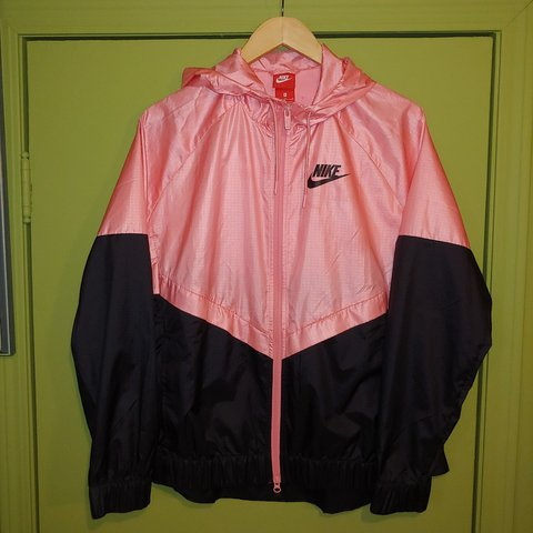 7be2f7f8e @somebodyfrnowhere. 5 months ago. Calgary, Division No. 6, Canada. Women's  Nike zip up windbreaker jacket red tag in size XL.