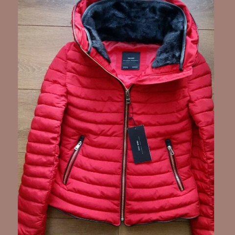 ccf7f46605941 ✨Thinking of selling my red puffy Zara jacket 😘has been in - Depop