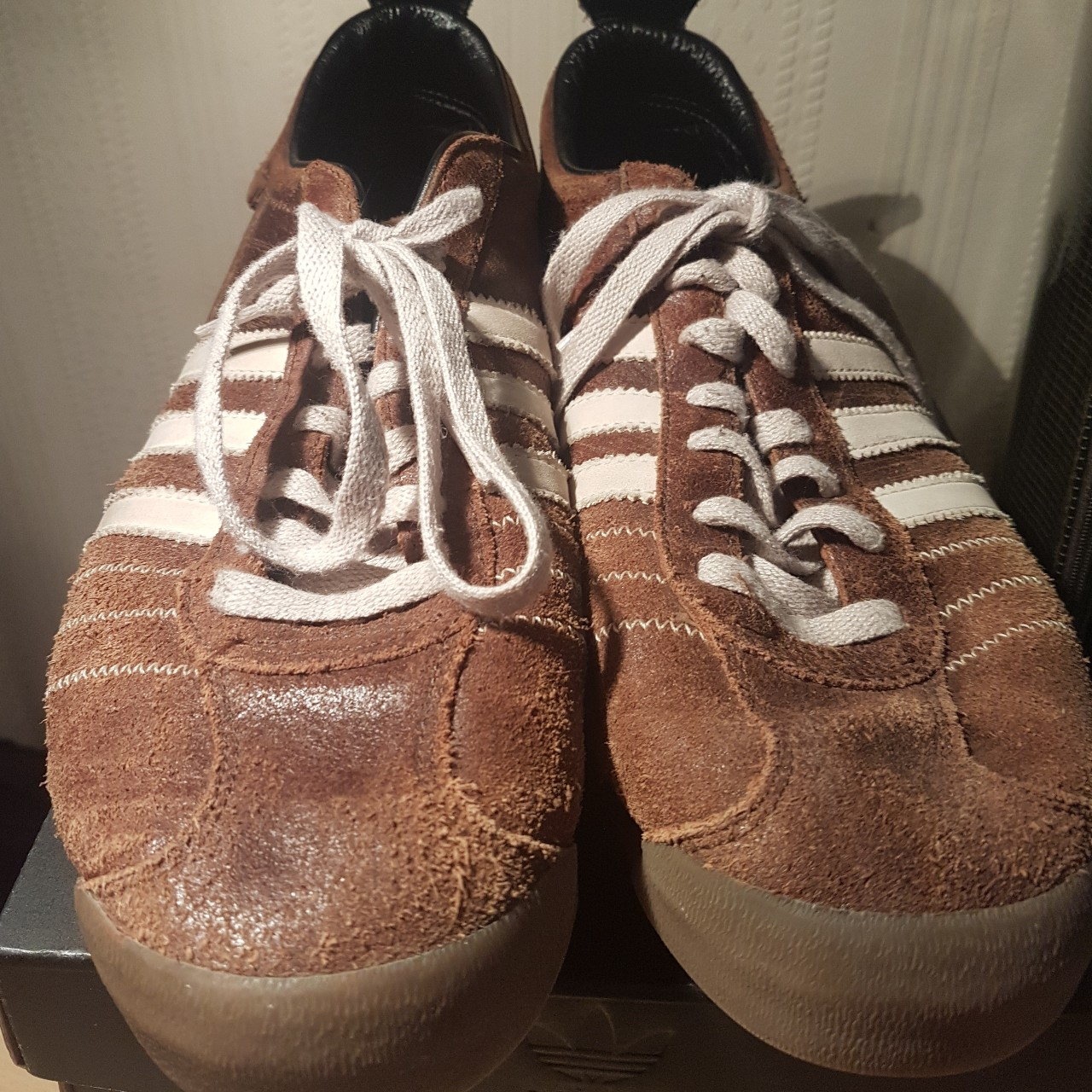 Rare Mens Shoes ADIDAS CHILE 62 TRAINERS Originals