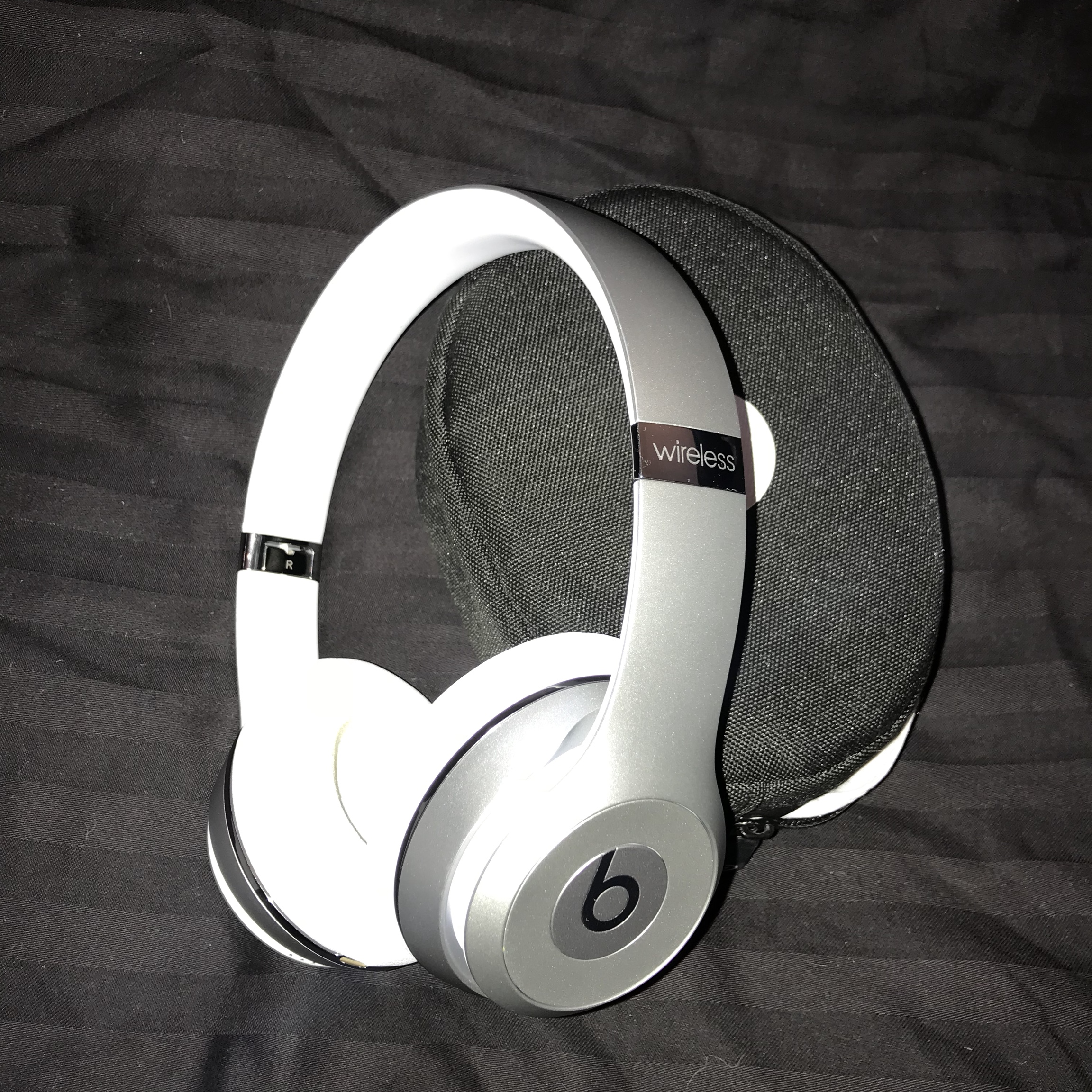 • Limited edition Silver Beats by Dre Solo 3    - Depop