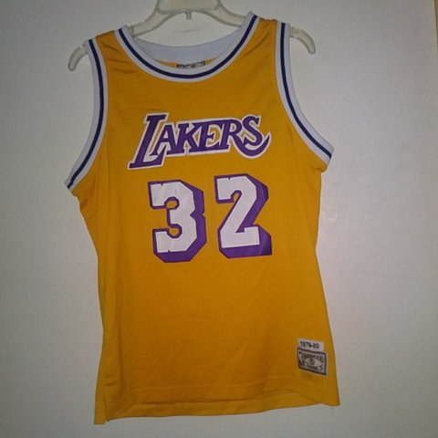 624e0e6e7f0 Los Angeles Lakers Lakers Jersey Magic Johnson  32 NBA Gold - Depop