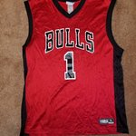 05c9e5b26 Retro Derrick Rose Chicago Bulls.  40. Bulls warm up jersey Great condition