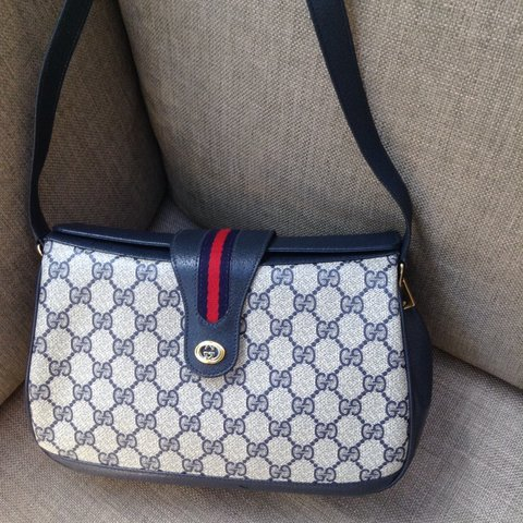 67c0def63a3 Authentic Gucci handbag from the early 80s. Beautiful Gucci - Depop