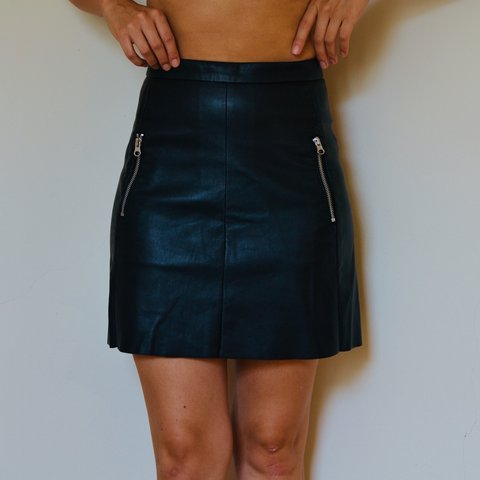 077436c797 @giveslipvintage. 4 months ago. Minneapolis, United States. H&M High  Waisted Faux Leather Skirt w Zippers Size 4
