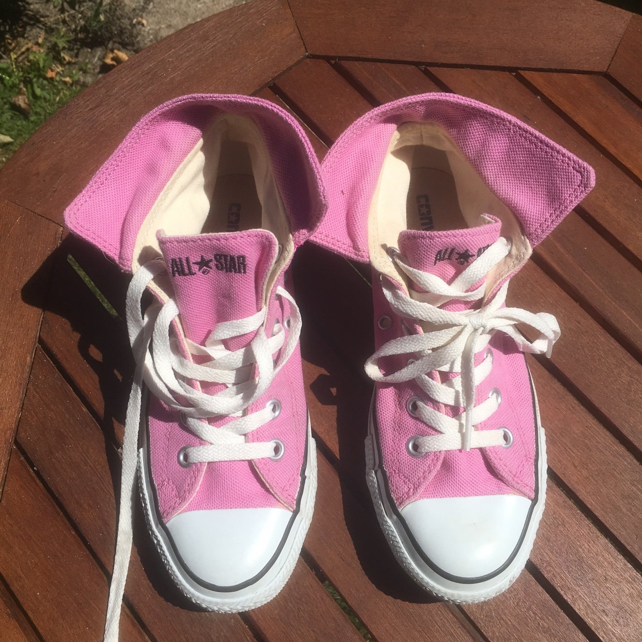 4c7b70ebec00 Baby pink converse all star trainers size 5