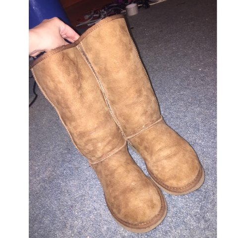c14eb441a23 Listed on Depop by sabrynkistler
