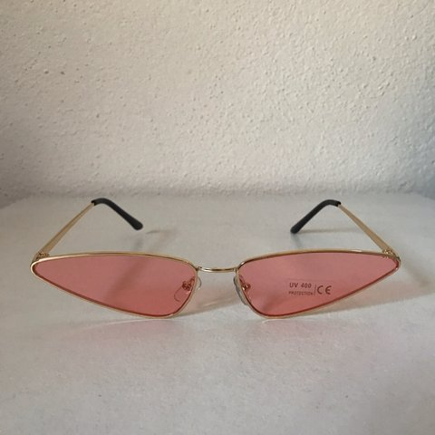 5b29af083e Sharp alien cat eye sunglasses ▫️Gold frame pink tint 2-3 - Depop