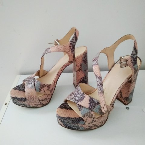 bc1dbf8f32f ⚡️PRICE DROP  17 to  10⚡ Nine West Funkyo Snakeprint cute - Depop