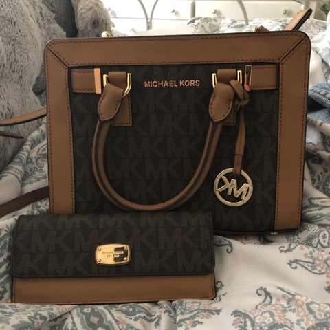 182f6c747554 Authentic Michael Kors bag with matching wallet Comes with - Depop